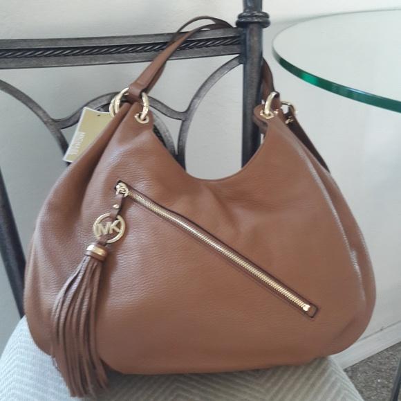 cc11f3e9f811 Michael Kors Bags | Nwt Leather Large Shoulder Bag Tote | Poshmark